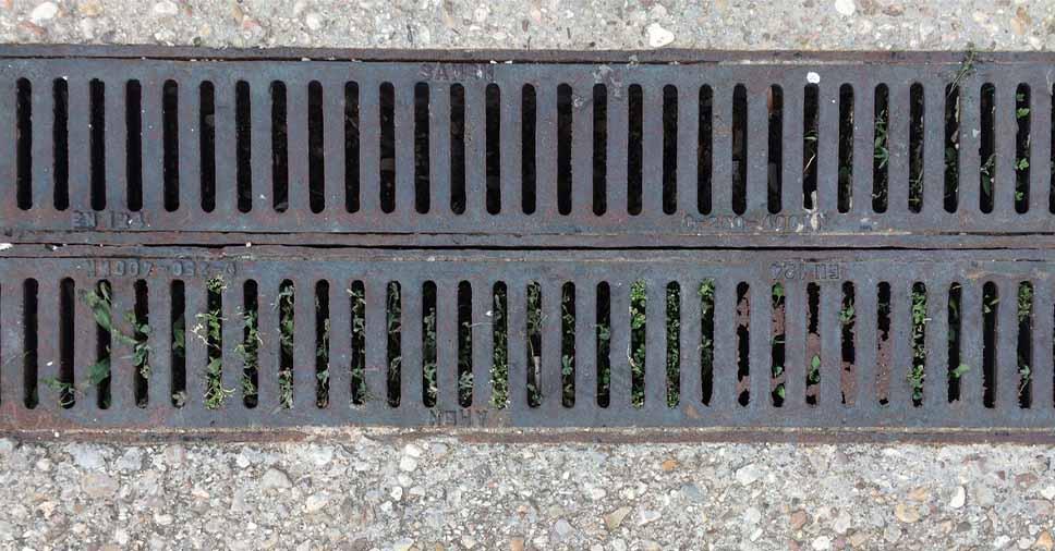 Rede de drenagem pluvial: quais os perigos do entupimento?