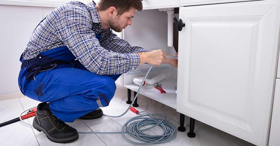 Por que realizar a manutenção preventiva na tubulação do condomínio?
